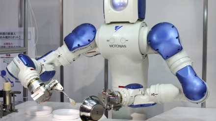 Minios valdomas mokymasis internetu suteikia robotams žmogaus įgūdžių