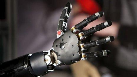 Mintimis valdoma bioninė ranka 1