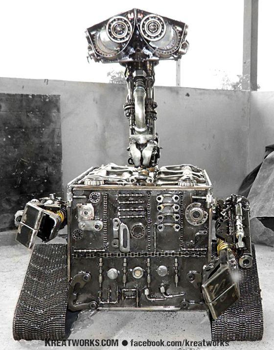 8 roboto Wall-E kopijos 2