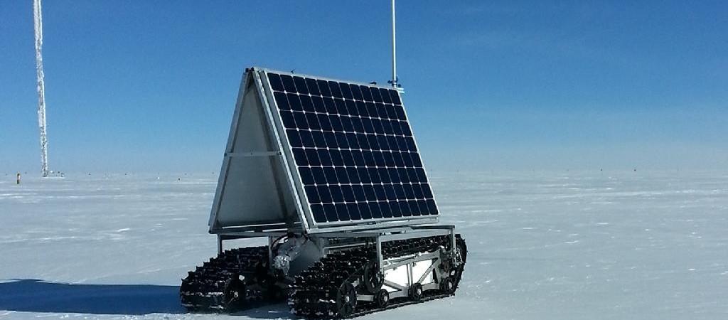 Grenlandijoje išbandytas saulės energija varomas robotas NASA GROVER
