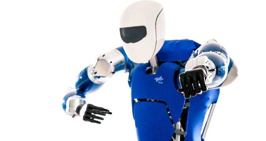 Naujasis Vokietijos inžinierių kūrinys - robotas humanoidas TORO