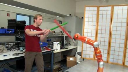 Robotai, kurie moka apsiginti