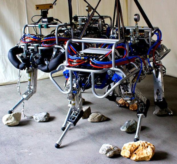 HyQ robotas