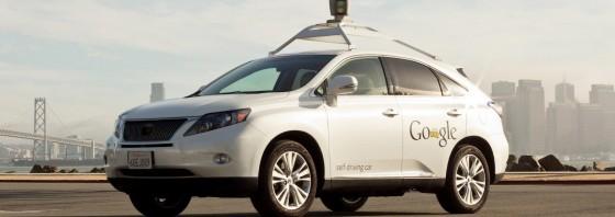 Google robotiniai automobiliai žada mums įprasto vairavimo eros pabaigą