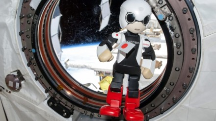 Japonų Kirobo ištarė savo pirmuosius žodžius kosmose