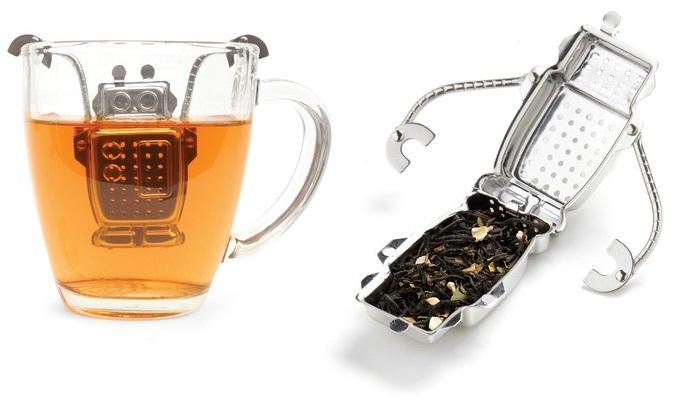 Robotas - arbatos puodelyje