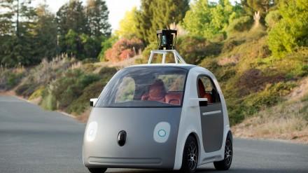 Google autonomiškas automobilis. Kaip jis veikia ir kur galima juo pasivažinėti