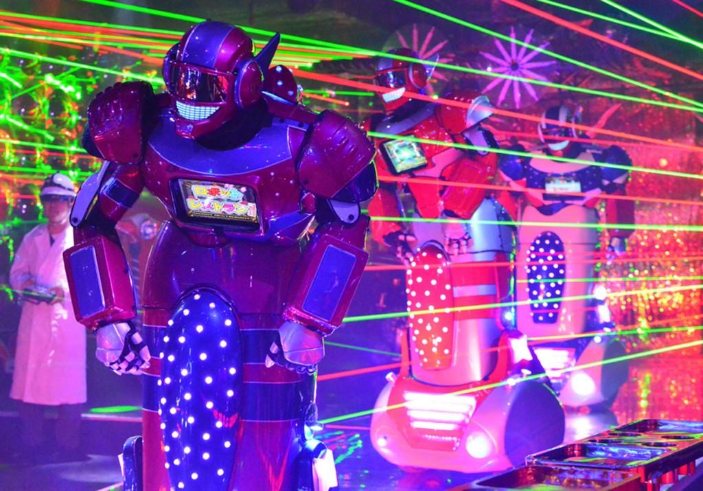 Tokijo robotų restoranas 1