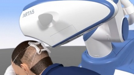 Restoration Robotics nuotr.
