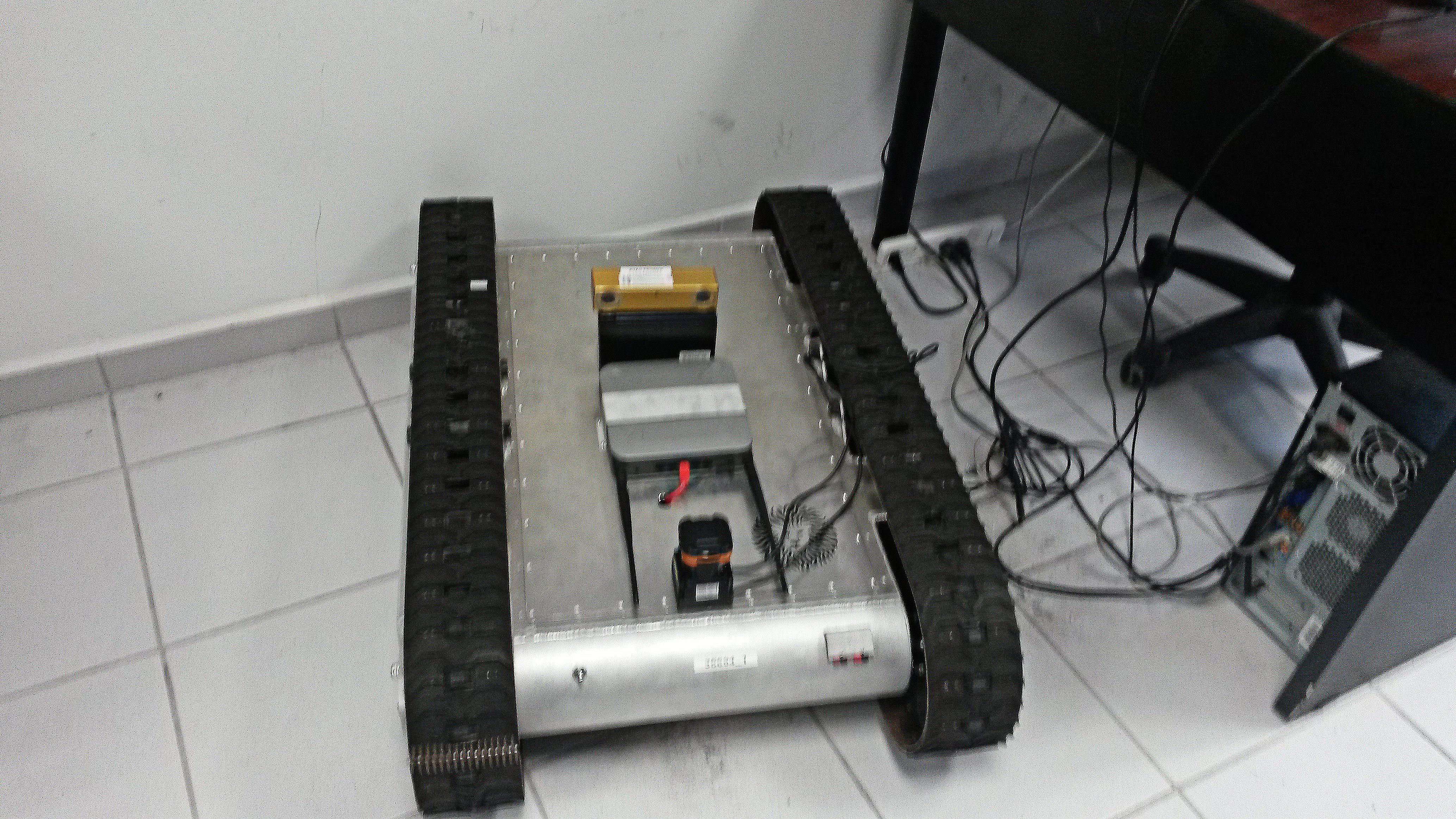 Žmonių atpažinimo robotas. (invdes.com.mx nuotr.)