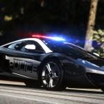 Autonominiai automobiliai taps policininkų nedarbo priežastimi