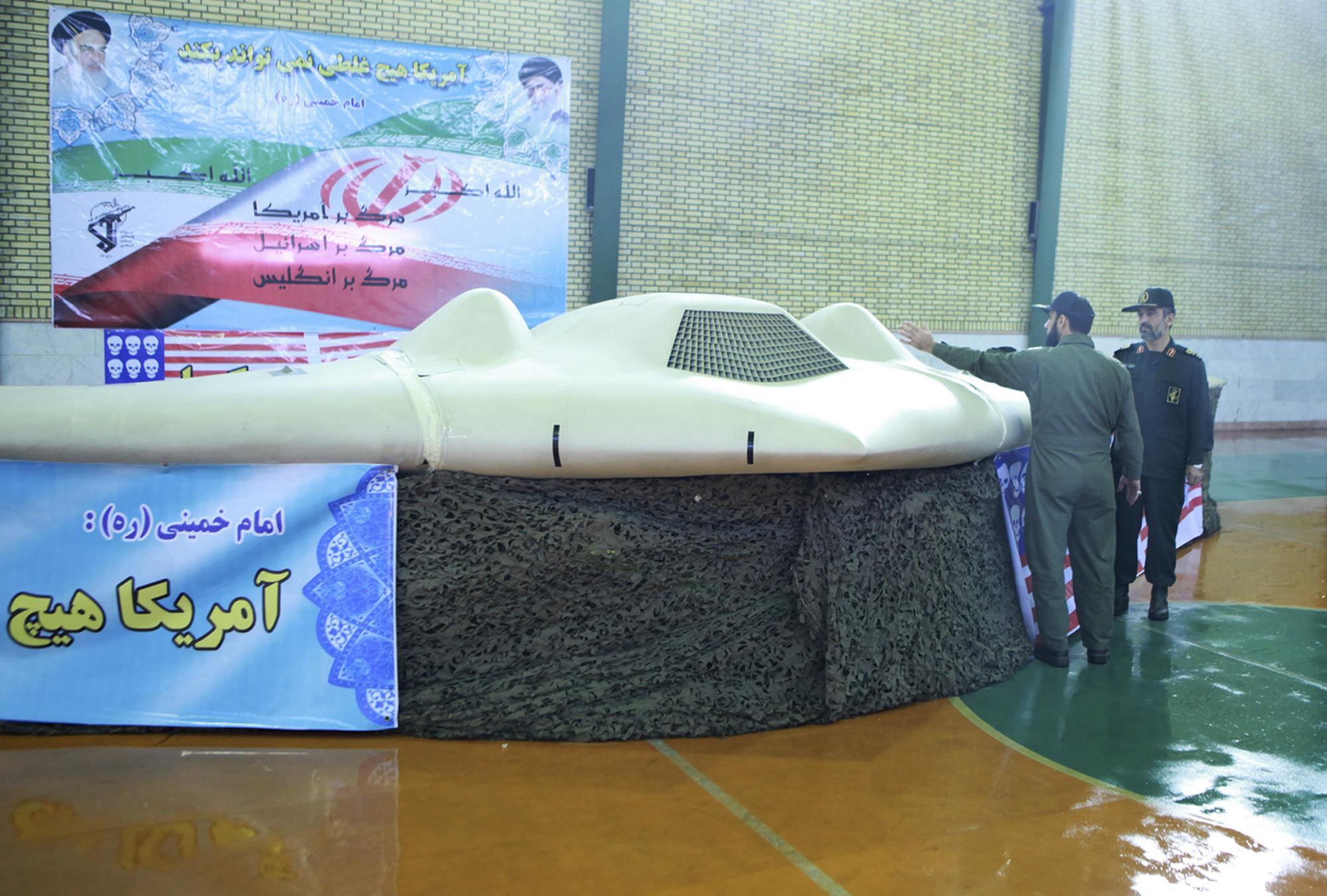 Iraniečių pagrobtas RQ-170 Sentinel dronas