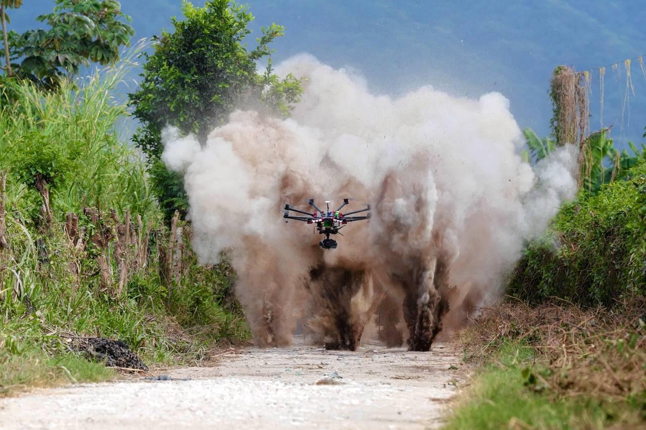 Dronas sprogimas
