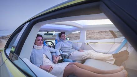 driverless-tesla