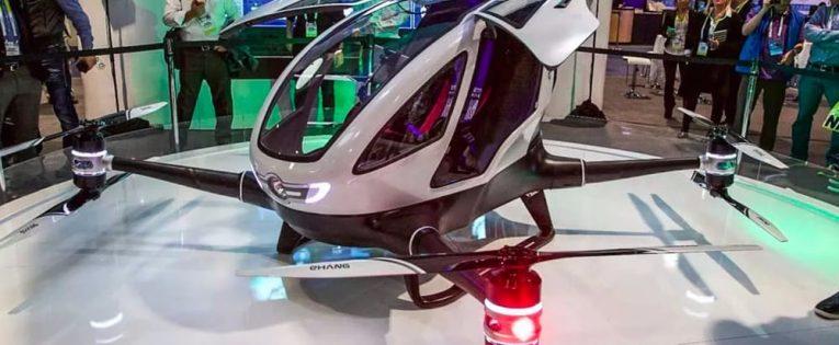 Jau šią vasarą Dubajuje turėtų pradėti skraidyti keleiviniai dronai (Video)